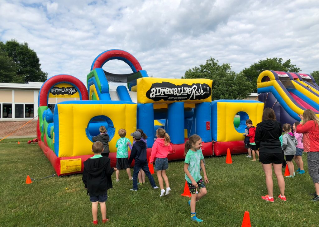 Affordable Bounce House Rentals In Blasdell NY, Bouncing On Air LLC | Buffalo, New York